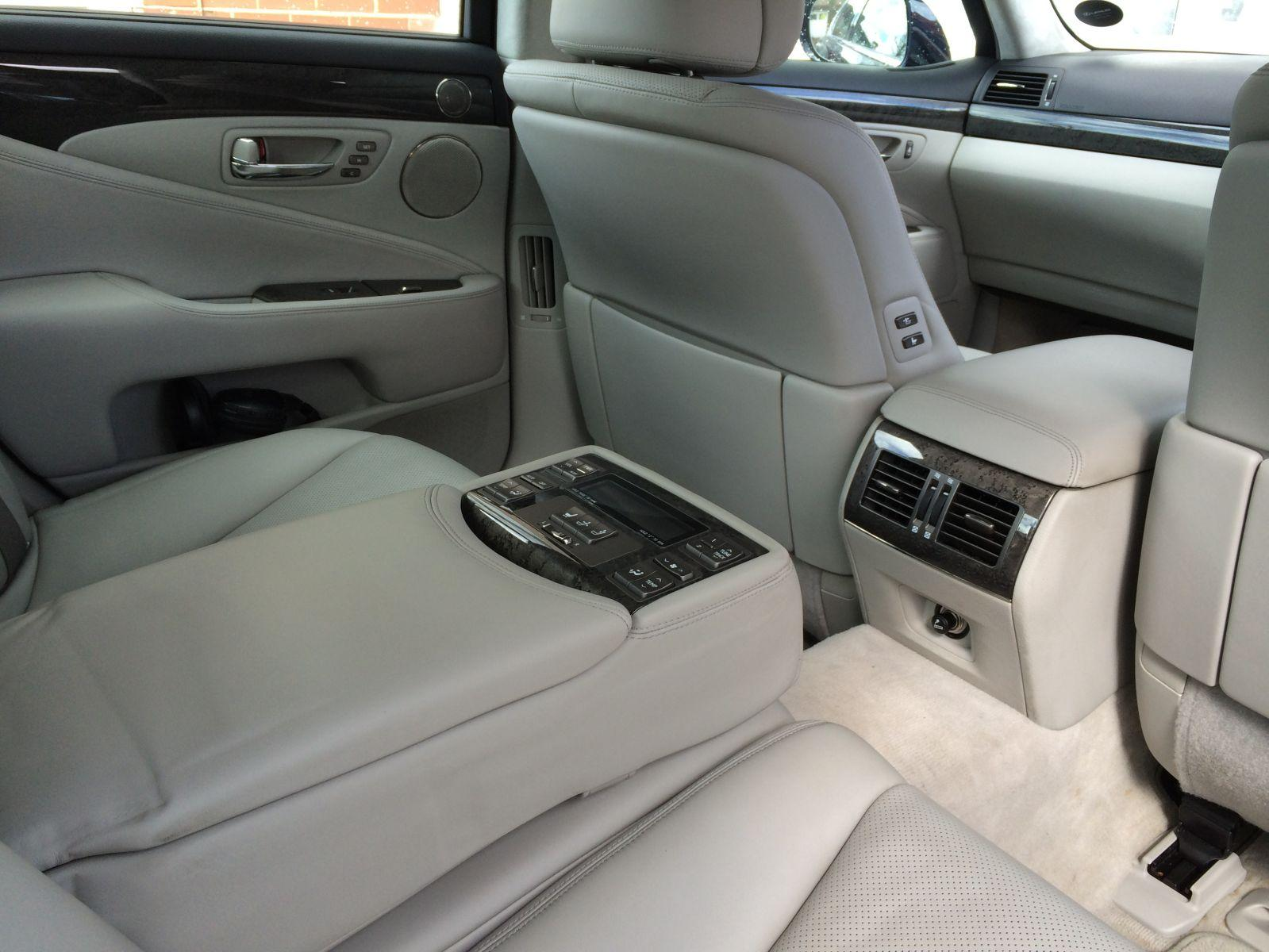 Rear seat controls