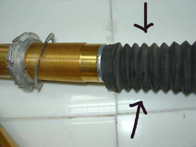 dust boot DSC04816.JPG