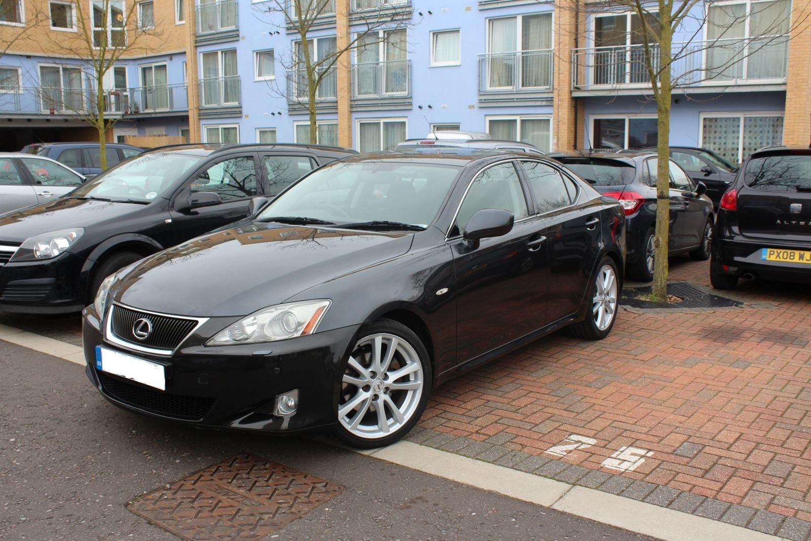 Lexus is250 sport