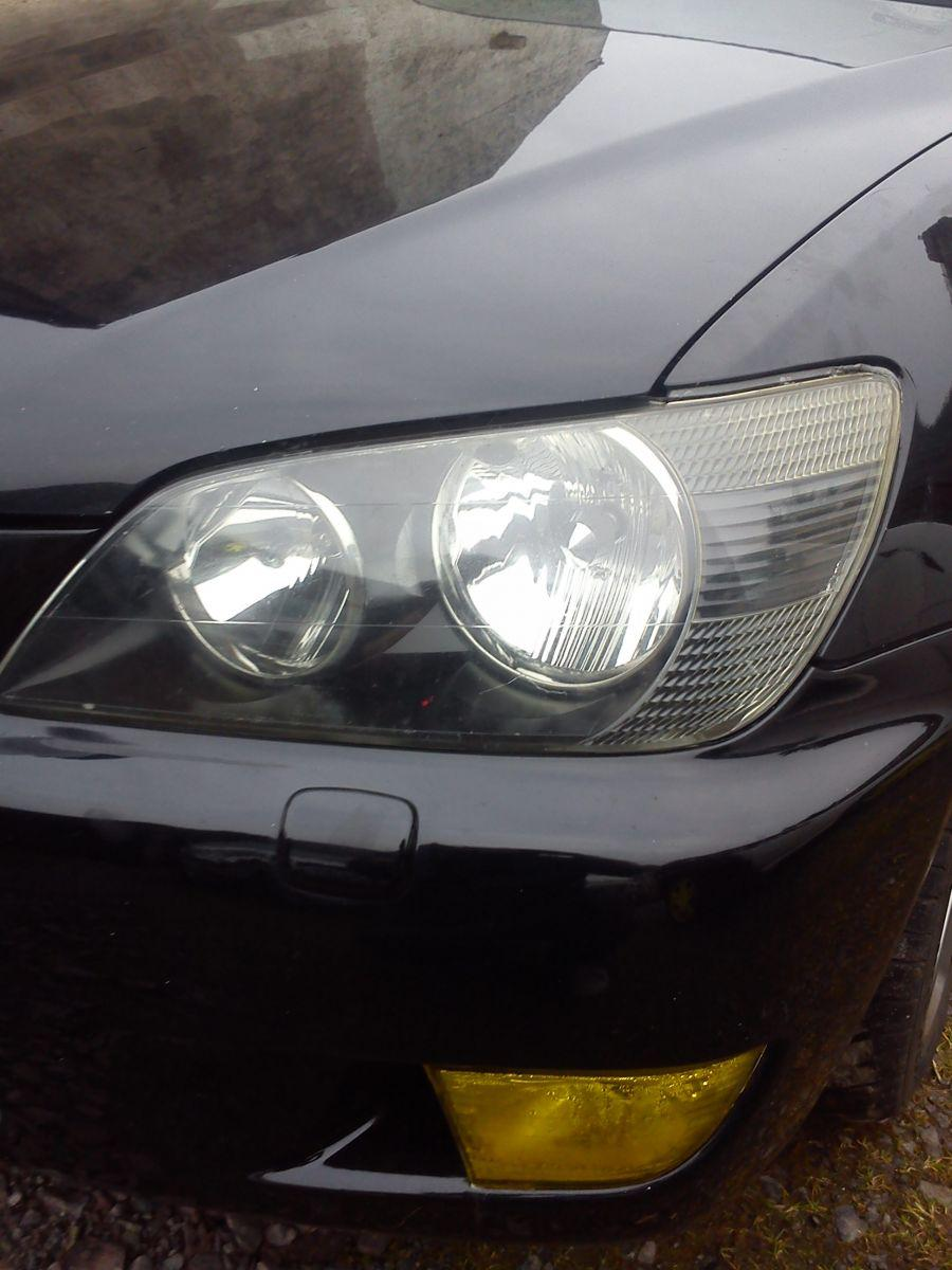 Before and after headlight painting