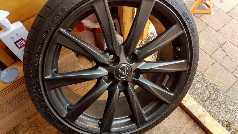 WheelDetail-09.thumb.jpg.6cc6767de94c7e0e9fd2513ae7f9822d.jpg