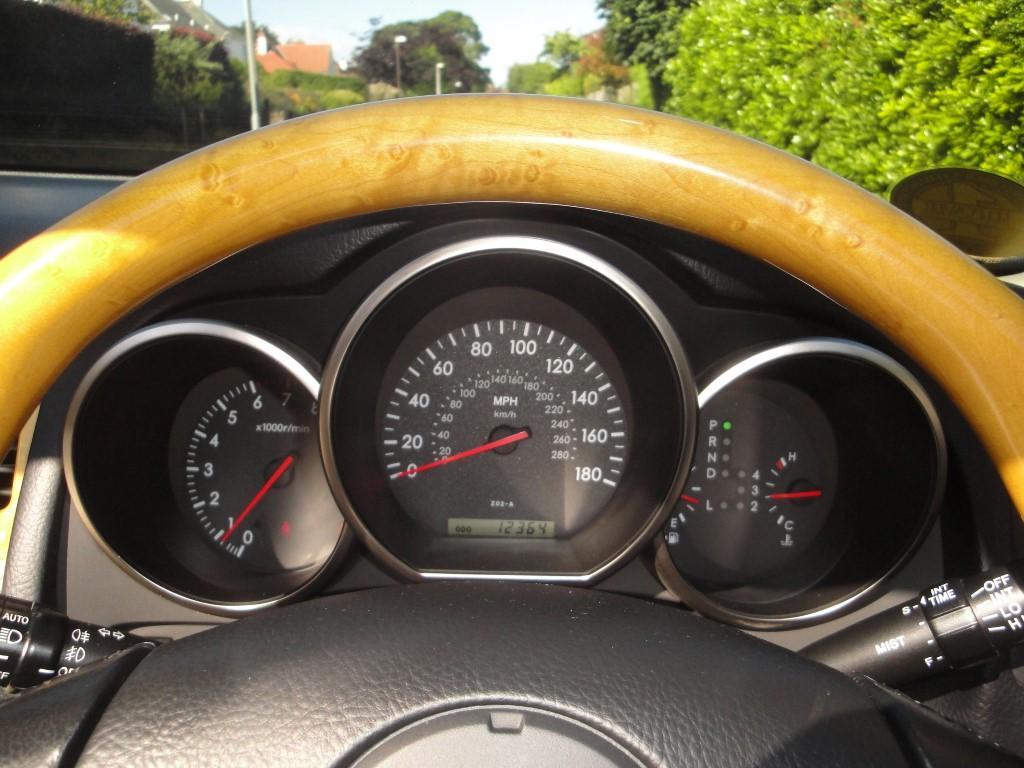 Lexus5.JPG