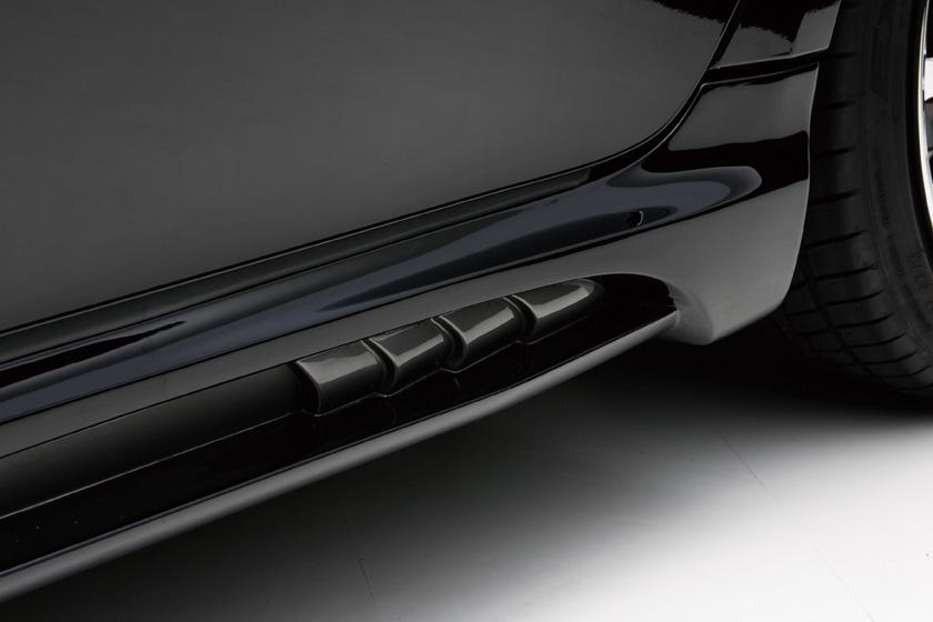 Lexus IS 2006-2008 side.jpg