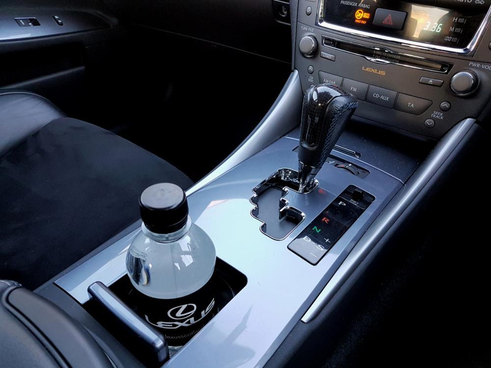 LexusWater.thumb.jpg.e31c860d8219157922ac83ce46cca661.jpg