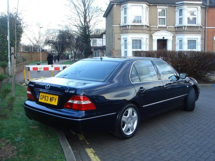 Lexus2.jpg